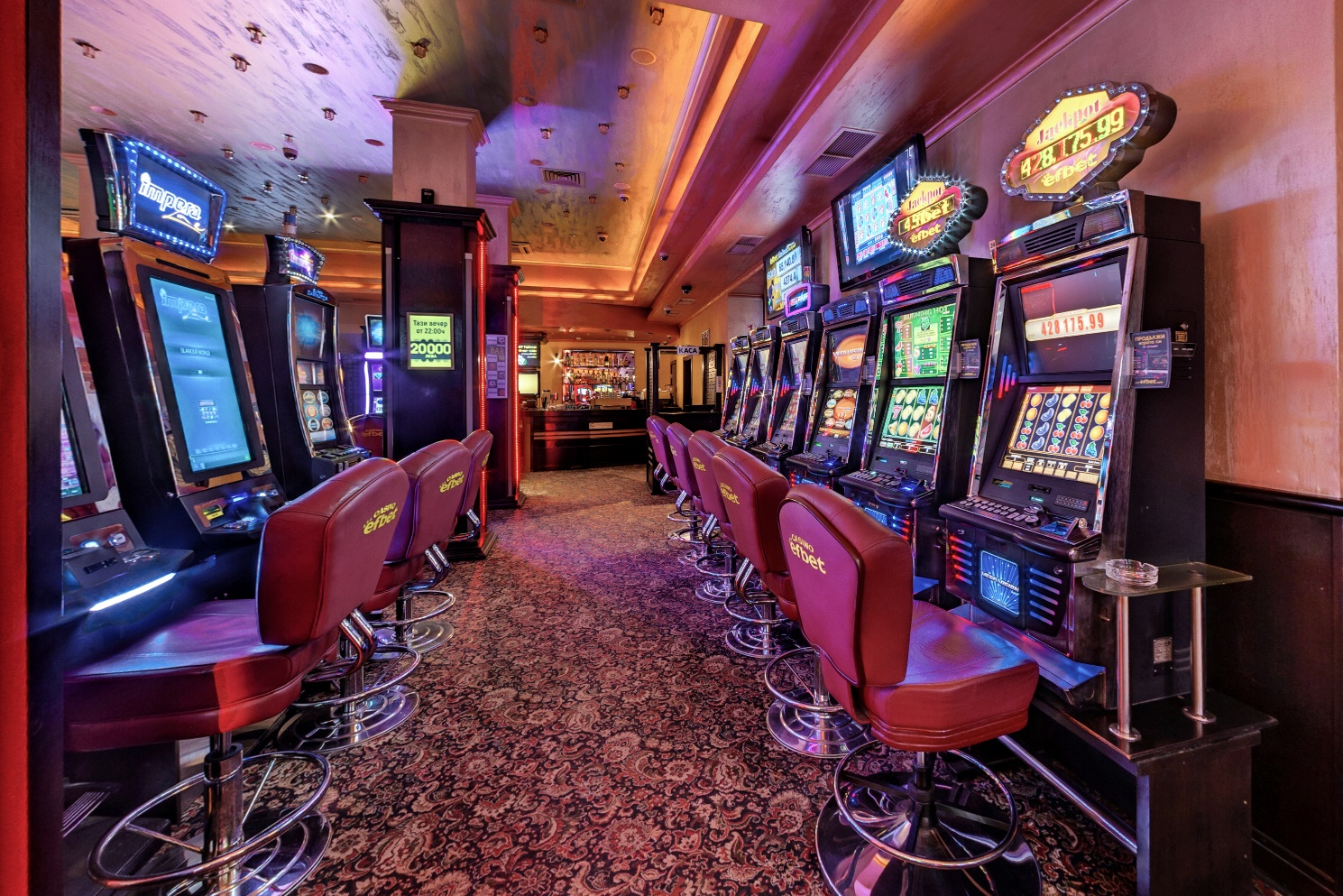 скачать бесплатную игру покер без онлайн и регистрации